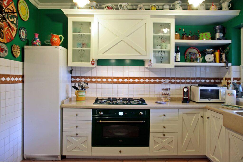 cucine su misura di ikea Falegnameria Caponi
